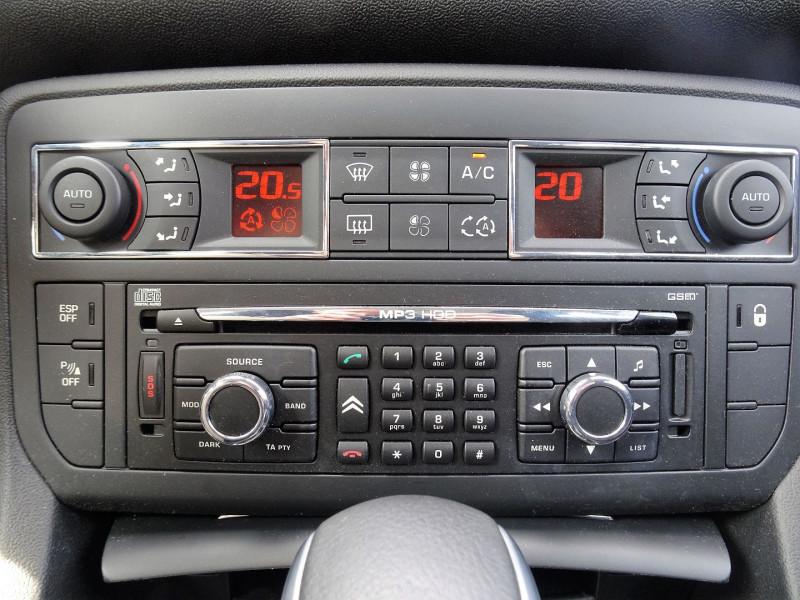 Photo 16 de l'offre de CITROEN C5 2.0 16V CONFORT BAA à 8990€ chez International Auto Auneau