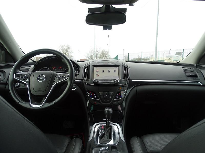 Photo 10 de l'offre de OPEL INSIGNIA SP TOURER 2.0 CDTI 163CH COSMO PACK AUTO à 11590€ chez International Auto Auneau