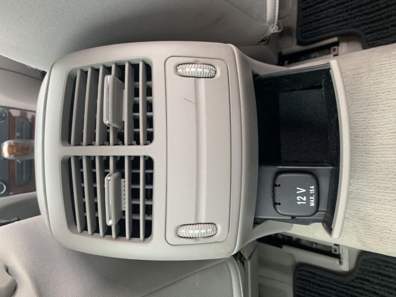 Photo 13 de l'offre de MERCEDES-BENZ CLASSE E (W211) 270 CDI ELEGANCE BV6 à 7990€ chez International Auto Auneau
