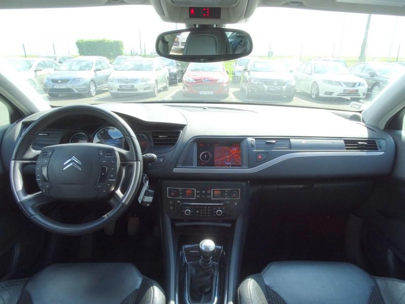 Photo 12 de l'offre de CITROEN C5 2.2 HDI173 FAP EXCLUSIVE à 8690€ chez International Auto Auneau