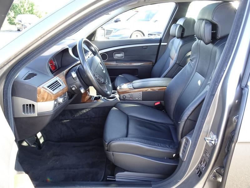 Photo 4 de l'offre de BMW SERIE 7 (E65) 730DA 231CH à 14490€ chez International Auto Auneau