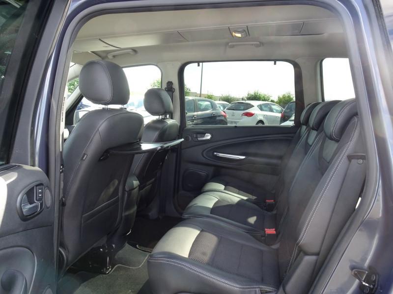Photo 6 de l'offre de FORD GALAXY 2.2 TDCI 200CH FAP TITANIUM BVA à 12790€ chez International Auto Auneau