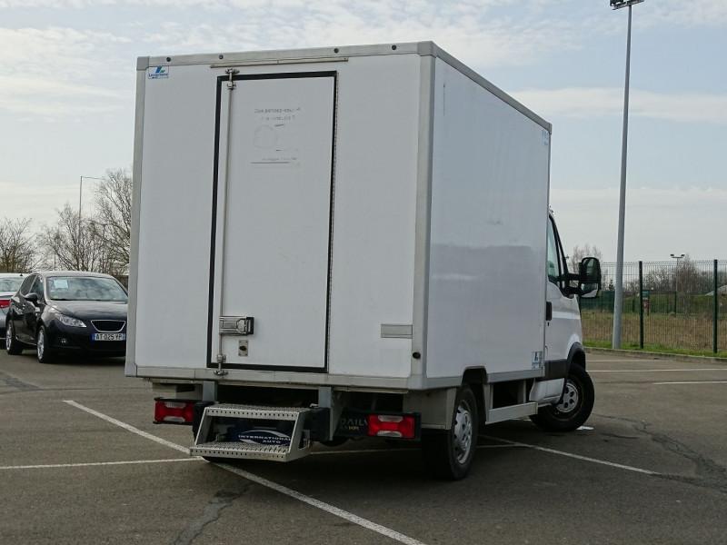 Photo 2 de l'offre de IVECO DAILY CCB 35C11 EMP 3.45M à 14590€ chez International Auto Auneau