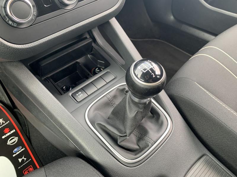 Photo 13 de l'offre de VOLKSWAGEN JETTA 1.6 TDI 105CH FAP TRENDLINE à 6690€ chez International Auto Auneau