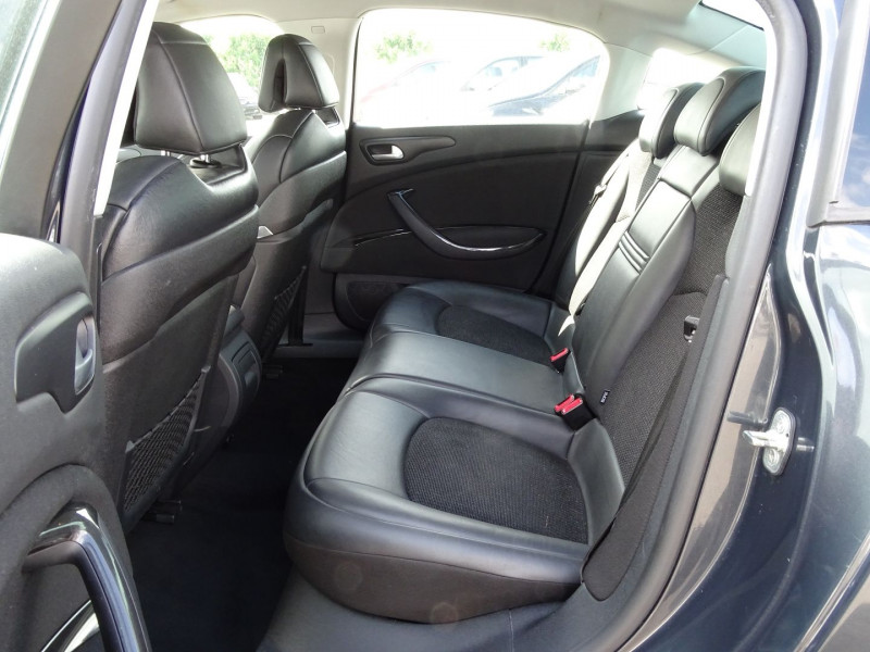 Photo 8 de l'offre de CITROEN C5 2.2 HDI173 FAP EXCLUSIVE à 8690€ chez International Auto Auneau