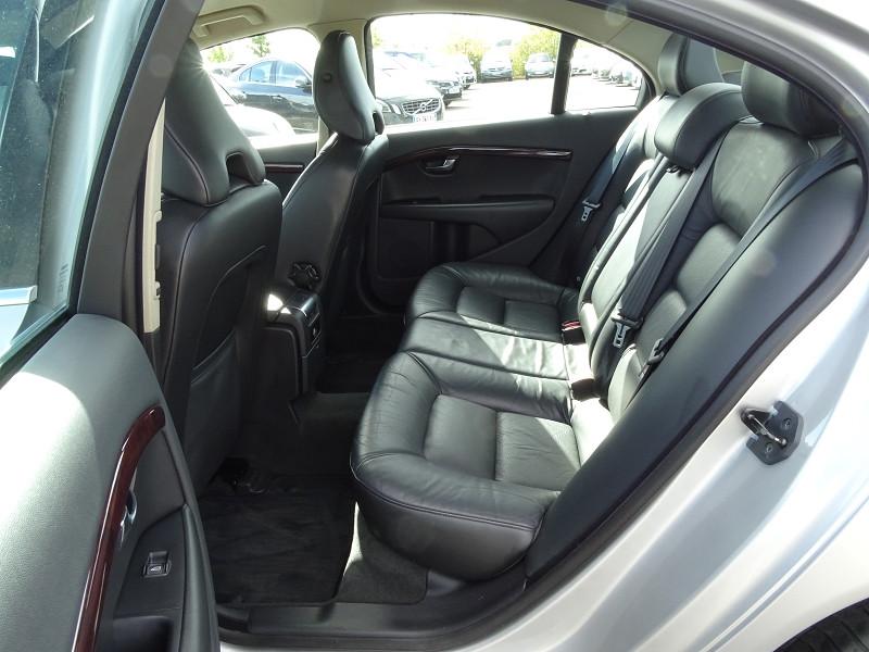 Photo 6 de l'offre de VOLVO S80 2.0 D 136CH MOMENTUM à 8490€ chez International Auto Auneau