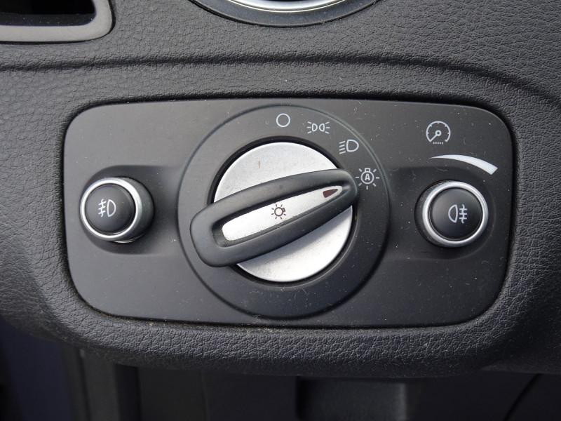 Photo 12 de l'offre de FORD GALAXY 2.2 TDCI 200CH FAP TITANIUM BVA à 12790€ chez International Auto Auneau