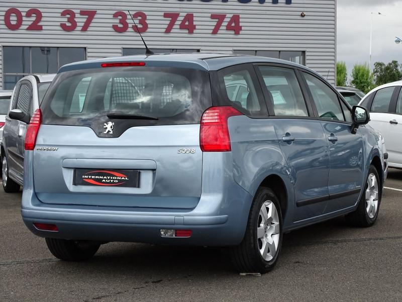 Photo 2 de l'offre de PEUGEOT 5008 1.6 VTI 16V CONFORT PACK 5PL à 5990€ chez International Auto Auneau