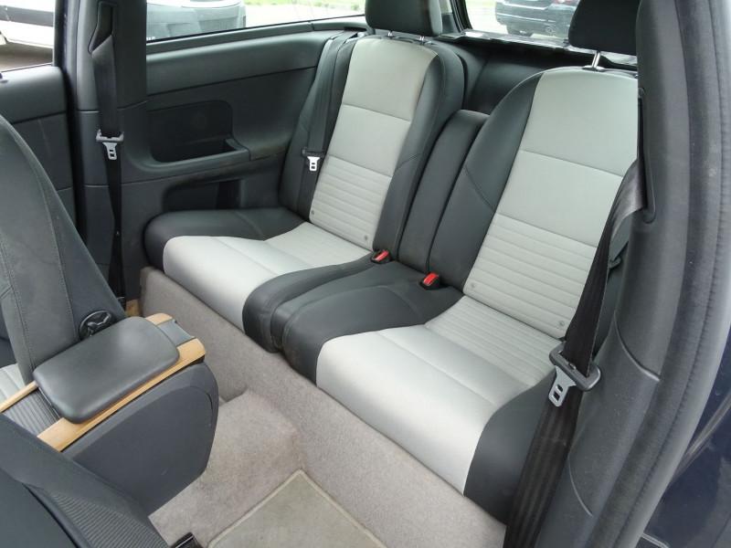 Photo 6 de l'offre de VOLVO C30 1.6 D 110CH DRIVE KINETIC à 7690€ chez International Auto Auneau