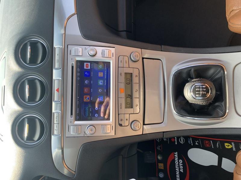 Photo 9 de l'offre de FORD S-MAX 2.0 TDCI 140CH DPF TITANIUM à 7790€ chez International Auto Auneau