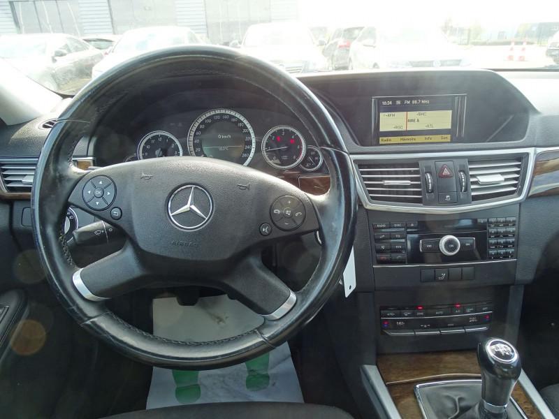 Photo 10 de l'offre de MERCEDES-BENZ CLASSE E (W212) 250 CDI BE ELEGANCE EXECUTIVE à 12690€ chez International Auto Auneau