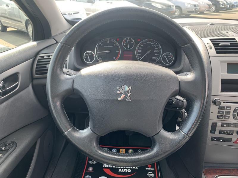 Photo 10 de l'offre de PEUGEOT 407 SW 2.0 HDI136 EXECUTIVE PACK à 4590€ chez International Auto Auneau