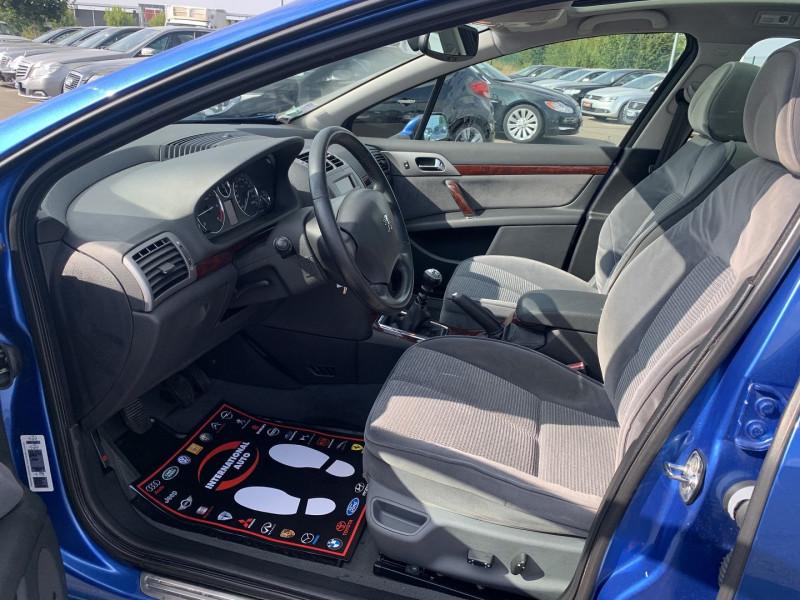 Photo 4 de l'offre de PEUGEOT 407 SW 2.0 HDI136 EXECUTIVE PACK à 4590€ chez International Auto Auneau