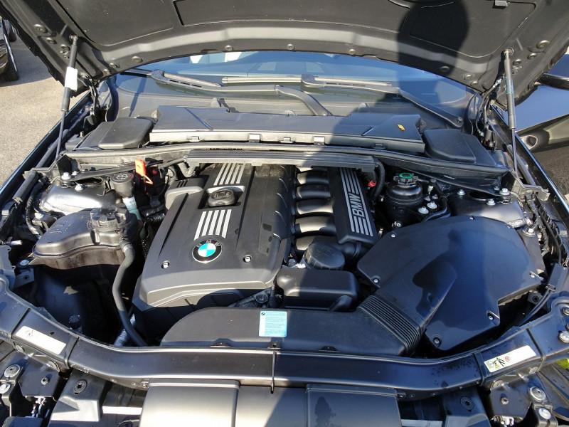 Photo 20 de l'offre de BMW SERIE 3 COUPE (E92) 325IA 218CH LUXE à 11890€ chez International Auto Auneau