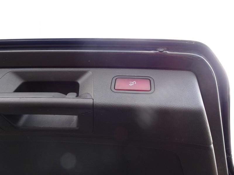 Photo 12 de l'offre de MERCEDES-BENZ CLASSE GLK (X204) 280 PACK SPORT 4 MATIC à 13490€ chez International Auto Auneau