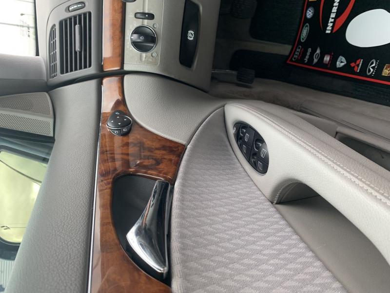 Photo 9 de l'offre de MERCEDES-BENZ CLASSE E (W211) 270 CDI ELEGANCE BV6 à 7990€ chez International Auto Auneau