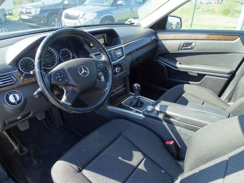 Photo 3 de l'offre de MERCEDES-BENZ CLASSE E (W212) 250 CDI BE ELEGANCE EXECUTIVE à 12690€ chez International Auto Auneau