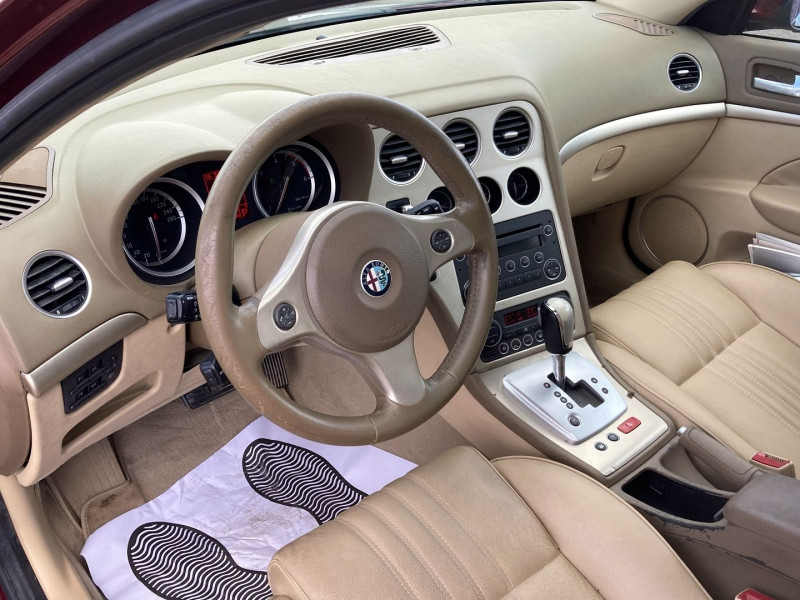 Photo 6 de l'offre de ALFA ROMEO 159 SW 2.4 JTD200 20V SELECTIVE QTRONIC à 8890€ chez International Auto Auneau