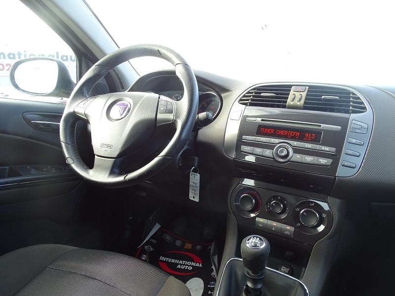 Photo 9 de l'offre de FIAT BRAVO 1.9 MULTIJET 8V 120CH DYNAMIC à 4990€ chez International Auto Auneau