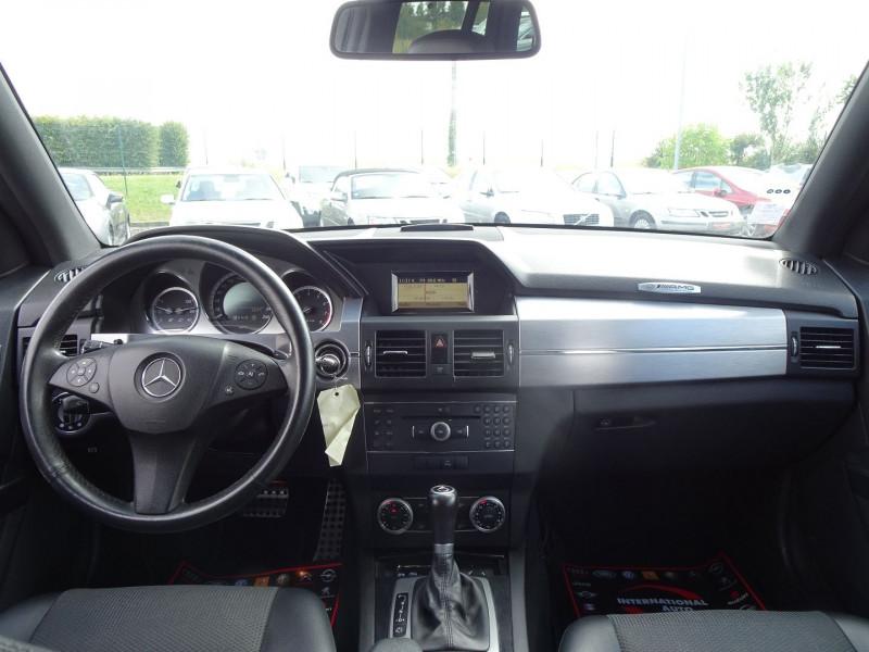 Photo 5 de l'offre de MERCEDES-BENZ CLASSE GLK (X204) 280 PACK SPORT 4 MATIC à 13490€ chez International Auto Auneau