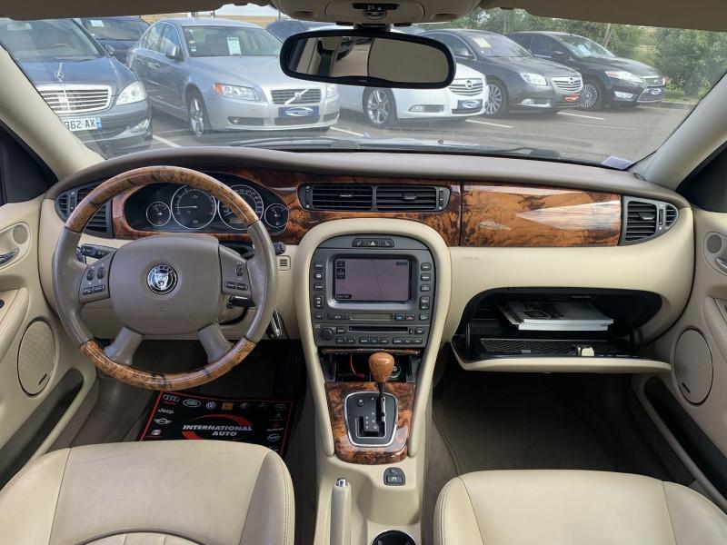 Photo 7 de l'offre de JAGUAR X-TYPE 3.0 V6 EXECUTIVE à 8790€ chez International Auto Auneau