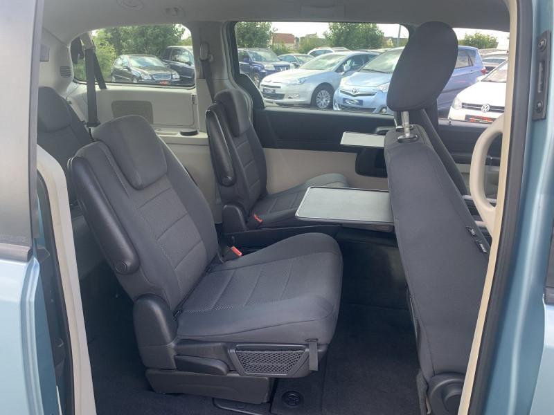 Photo 14 de l'offre de CHRYSLER GRAND VOYAGER 2.8 CRD LX BA à 10890€ chez International Auto Auneau