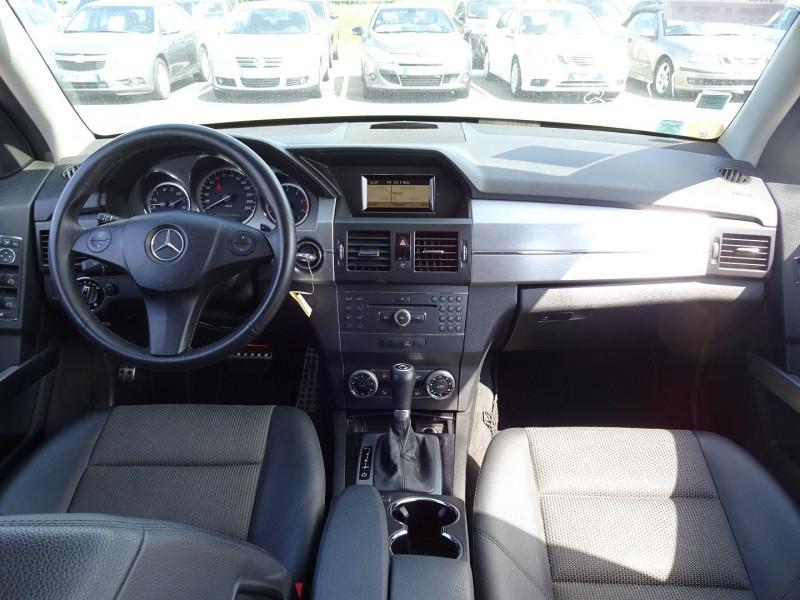 Photo 13 de l'offre de MERCEDES-BENZ CLASSE GLK (X204) 320 CDI 4 MATIC à 13990€ chez International Auto Auneau