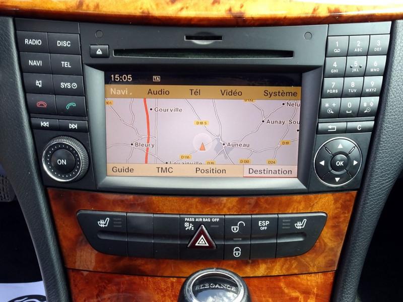 Photo 7 de l'offre de MERCEDES-BENZ CLASSE E BREAK (S211) 200 CDI ELEGANCE OPTIMUM BA à 10990€ chez International Auto Auneau