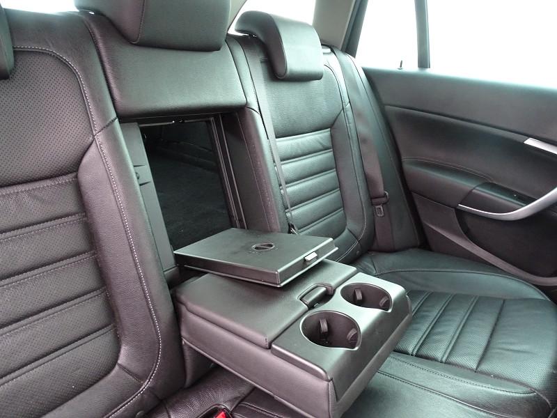 Photo 9 de l'offre de OPEL INSIGNIA SP TOURER 2.0 CDTI 163CH COSMO PACK AUTO à 11590€ chez International Auto Auneau