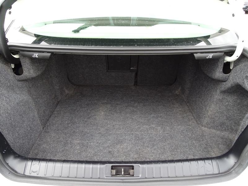 Photo 10 de l'offre de SAAB 9-3 1.8T 150CH BIOPOWER VECTOR à 9690€ chez International Auto Auneau