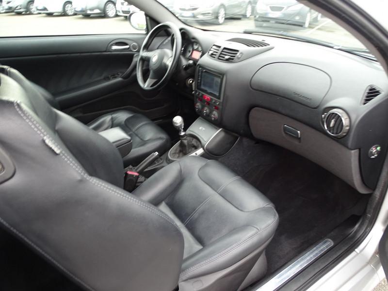 Photo 12 de l'offre de ALFA ROMEO GT 1.9 JTD150 MULTIJET SELECTIVE à 7790€ chez International Auto Auneau