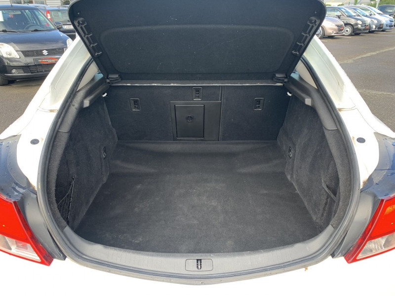 Photo 16 de l'offre de OPEL INSIGNIA 2.0 CDTI160 FAP COSMO 5P à 8890€ chez International Auto Auneau