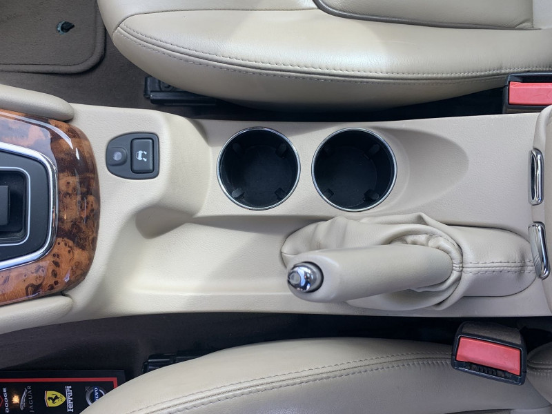 Photo 11 de l'offre de JAGUAR X-TYPE 3.0 V6 EXECUTIVE à 8790€ chez International Auto Auneau