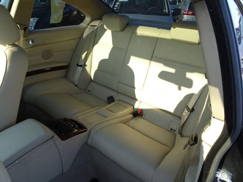 Photo 14 de l'offre de BMW SERIE 3 COUPE (E92) 325IA 218CH LUXE à 11890€ chez International Auto Auneau