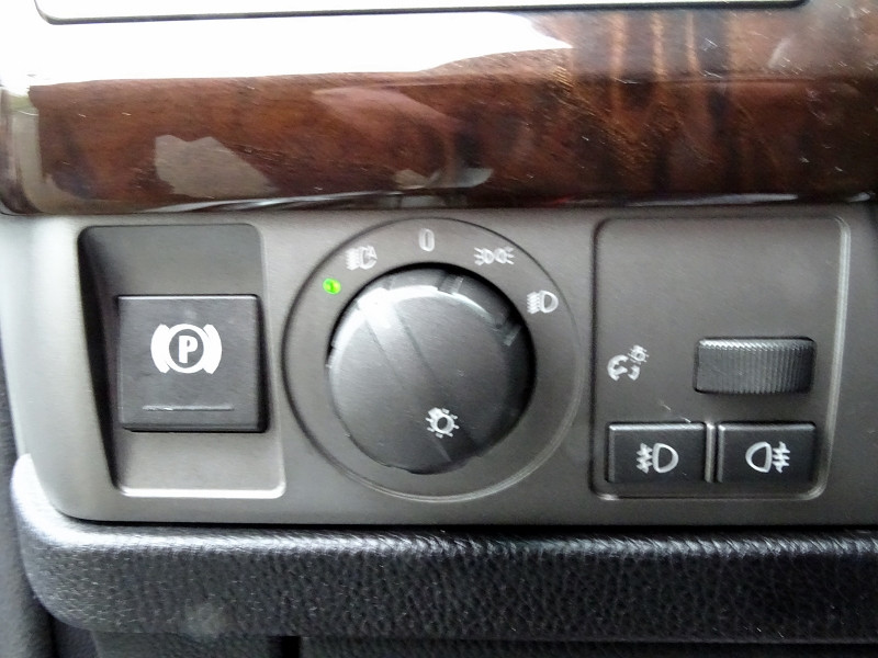 Photo 8 de l'offre de BMW SERIE 7 (E65) 745IA 333CH à 4990€ chez International Auto Auneau