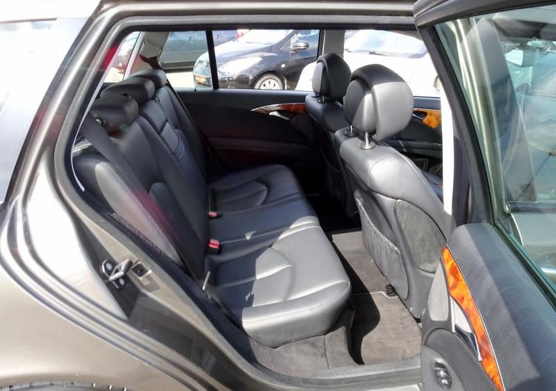 Photo 17 de l'offre de MERCEDES-BENZ CLASSE E BREAK (S211) 200 CDI ELEGANCE OPTIMUM BA à 10990€ chez International Auto Auneau