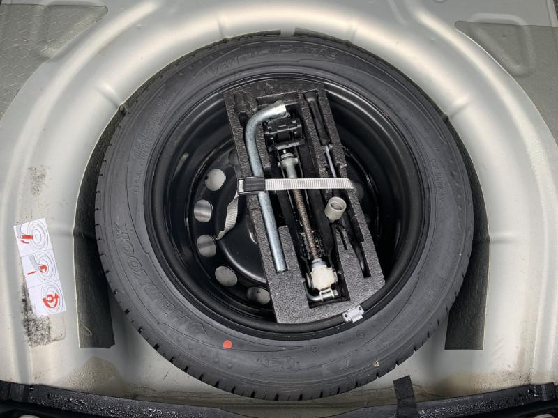 Photo 19 de l'offre de VOLKSWAGEN JETTA 1.6 TDI 105CH FAP TRENDLINE à 6690€ chez International Auto Auneau