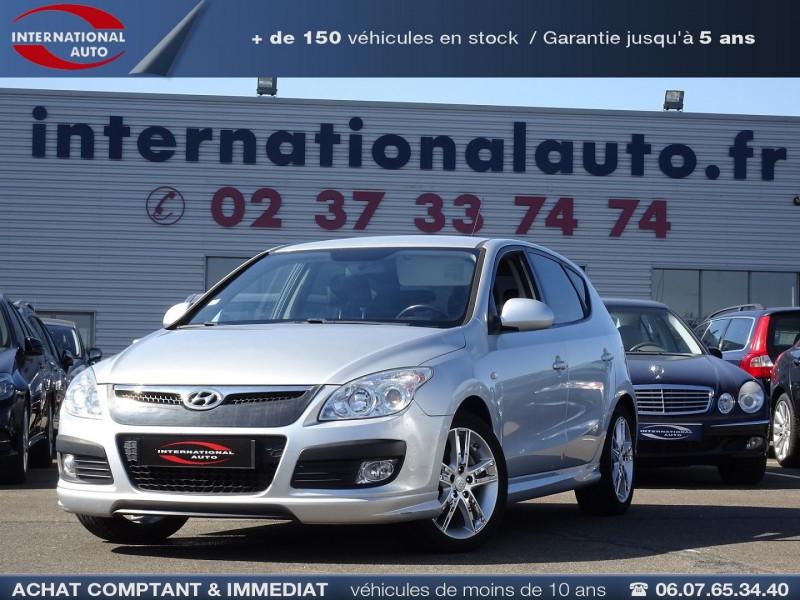 Photo 3 de l'offre de HYUNDAI I30 2.0 CRDI PACK LUXE 5P à 6390€ chez International Auto Auneau
