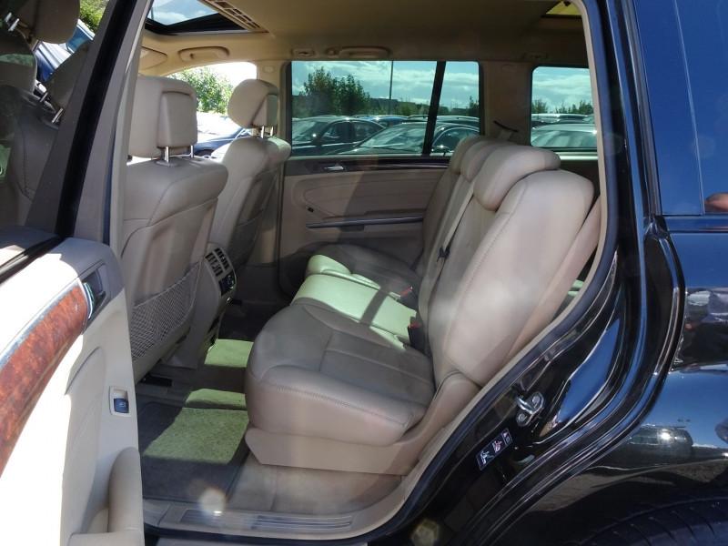 Photo 7 de l'offre de MERCEDES-BENZ CLASSE GL (X164) 320 CDI PACK LUXE 7PL à 21690€ chez International Auto Auneau