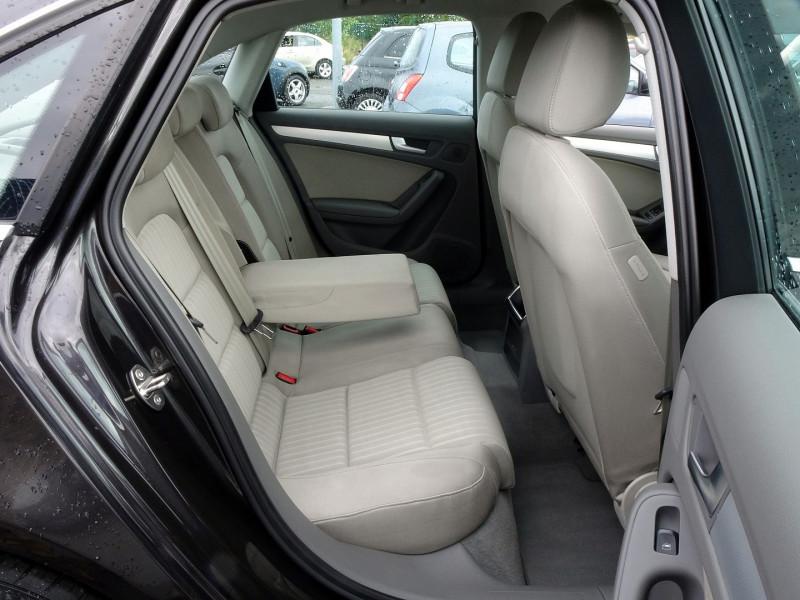 Photo 12 de l'offre de AUDI A4 2.7 V6 TDI 190CH DPF AMBIENTE MULTITRONIC à 12490€ chez International Auto Auneau