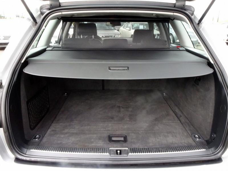 Photo 14 de l'offre de AUDI A4 AVANT 2.0 TDI 140CH AMBITION LUXE à 7390€ chez International Auto Auneau