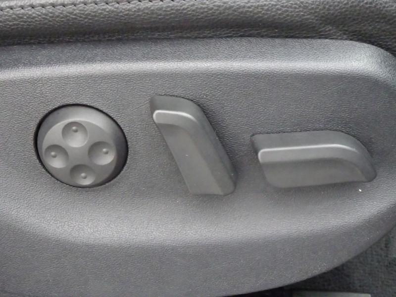 Photo 19 de l'offre de AUDI A4 AVANT 2.0 TDI 140CH AMBITION LUXE à 7390€ chez International Auto Auneau