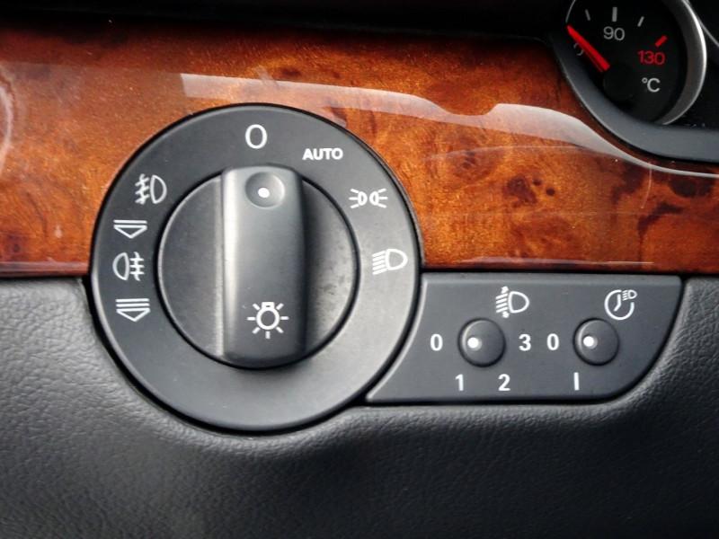 Photo 7 de l'offre de AUDI A4 AVANT 2.0 TDI 140CH AMBITION LUXE à 7390€ chez International Auto Auneau