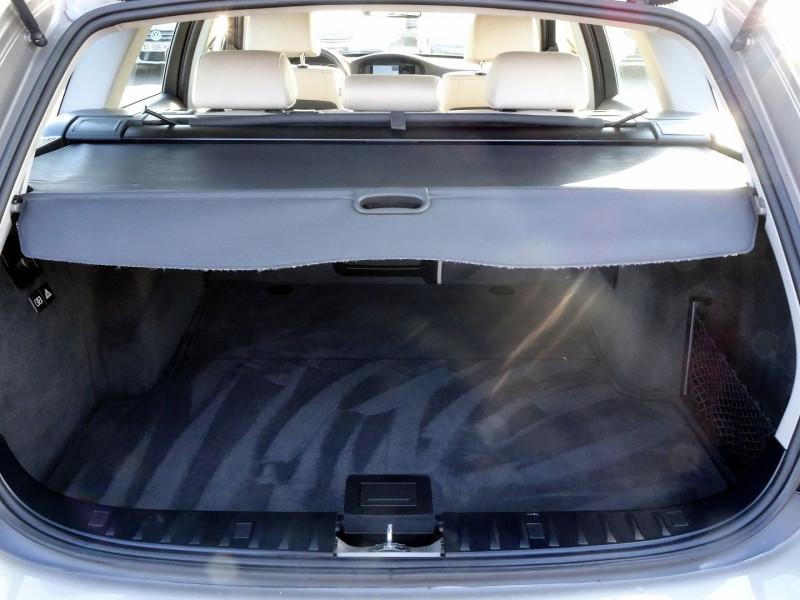 Photo 15 de l'offre de BMW SERIE 3 TOURING (E91) 320D 177CH LUXE à 11290€ chez International Auto Auneau