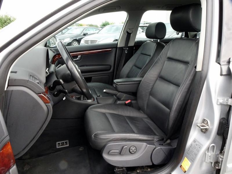 Photo 6 de l'offre de AUDI A4 AVANT 2.0 TDI 140CH AMBITION LUXE à 7390€ chez International Auto Auneau