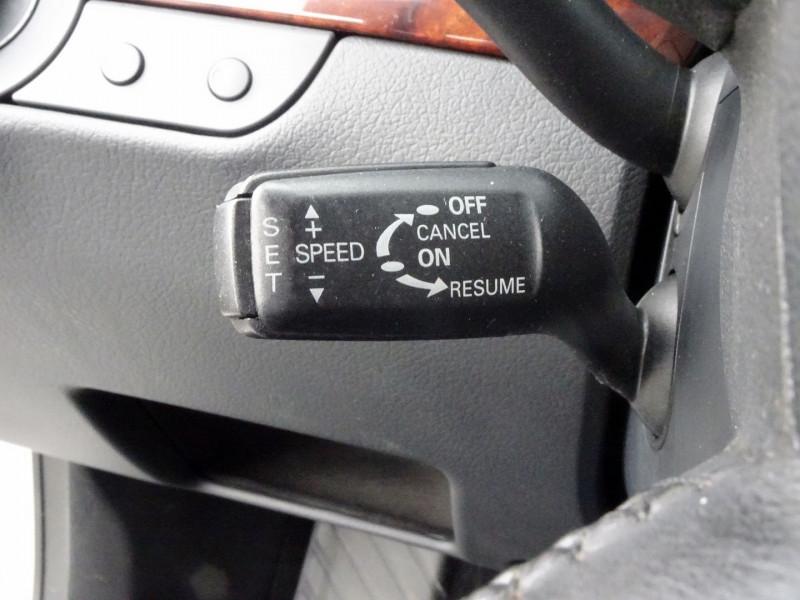 Photo 8 de l'offre de AUDI A4 AVANT 2.0 TDI 140CH AMBITION LUXE à 7390€ chez International Auto Auneau