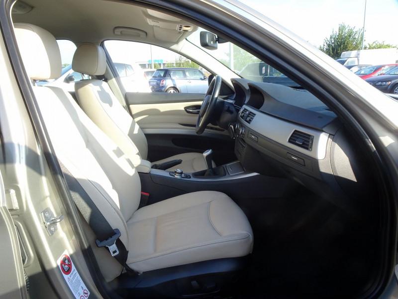 Photo 18 de l'offre de BMW SERIE 3 TOURING (E91) 320D 177CH LUXE à 11290€ chez International Auto Auneau