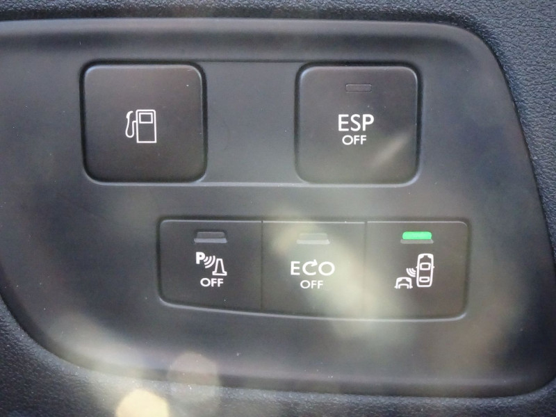 Photo 9 de l'offre de CITROEN C4 1.6 E-HDI110 FAP EXCLUSIVE BMP6 5P à 9790€ chez International Auto Auneau