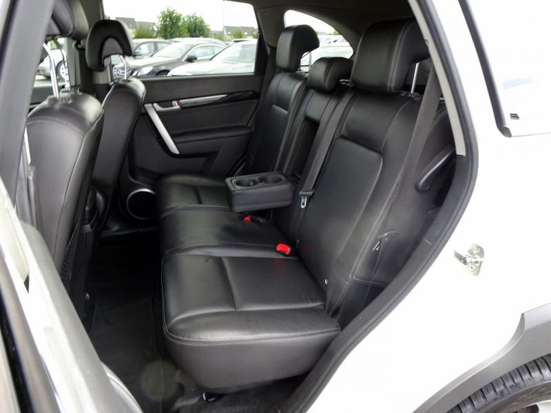 Photo 18 de l'offre de CHEVROLET CAPTIVA 2.2 VCDI184 LTZ BA AWD à 10990€ chez International Auto Auneau
