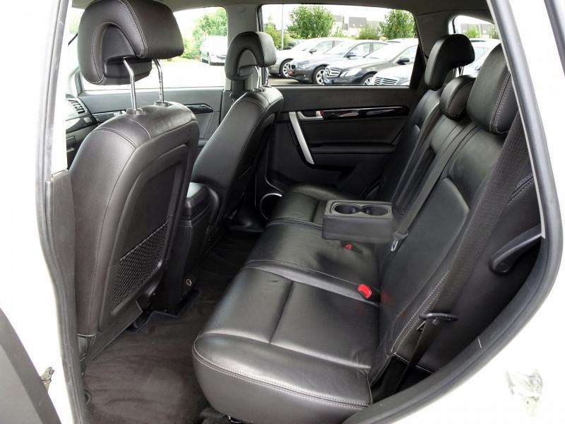 Photo 16 de l'offre de CHEVROLET CAPTIVA 2.2 VCDI184 LTZ BA AWD à 10990€ chez International Auto Auneau